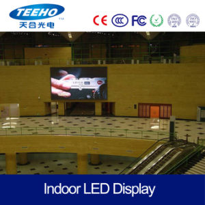 High Quality Indoor Video Wall P7.62 1/8s RGB LED Panel pictures & photos