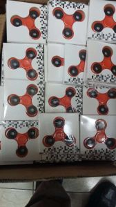 Shenzhen Supplier High Quality Competitive Price Hand Spinner Toy Wheel Ball Bearing 608 Ceramic pictures & photos