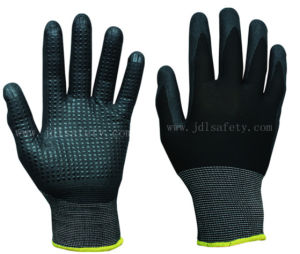 Polyester Knitted Working Gloves with Foam Nitrile, Dotted on Palm (N1560) pictures & photos