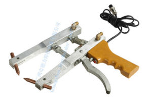 Stainless Steel Resistance Hand-Held Spot Welder Machine pictures & photos