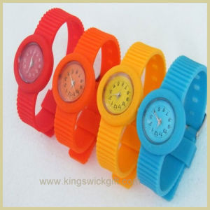 Tire Custom Plastic Watch (OW2706B)