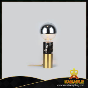 Decorative Indoor Modern Brass Table Light (RST9068BG) pictures & photos