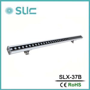 Single Color 36W Silver Housing LED Wall Washer pictures & photos