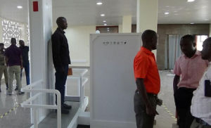 Low Dose Full Body X-ray Security Screening Systems pictures & photos