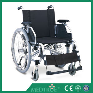 CE/ISO Approved Hot Sale Cheap Medical Aluminum Wheel Chair (MT05030032) pictures & photos