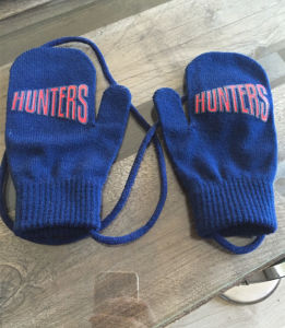 Wholesale 100% Acrylic Cheap Winter Knit Mitten Gloves pictures & photos
