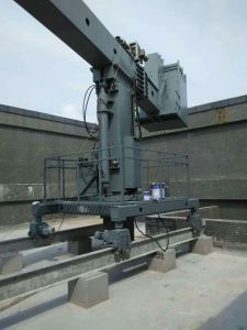 Telescopic Jib Bmu for Building Window Cleaning pictures & photos