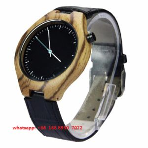 New Style Quartz Movement Wooden Watch with Leather Strap for Men Fs498 pictures & photos