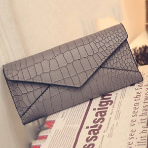 Popular Envelope PU Leather Lady Wallet with Crocodile Embossed Pattern W6090 pictures & photos