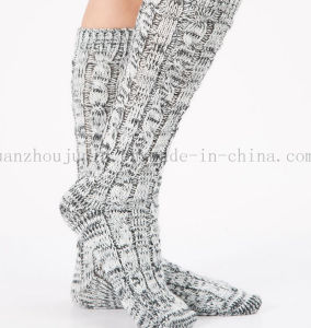 OEM Hot Sale Winter Warm Wool Woven Room Socks pictures & photos