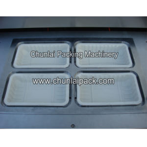 Nitrogen Packaging Tray Sealing Machine pictures & photos