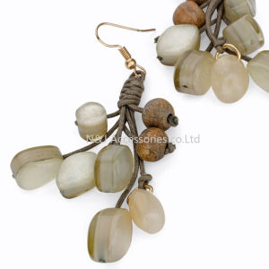 2017 Fashion Handmade Wooden & Acryl Beads Long Drop Earrings for Women Jewelry pictures & photos