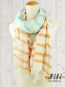 Ladies Voile Long Winter Scarf Wholesale Customized Women Streak Stripe Printed Scarf pictures & photos