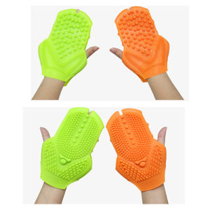 Slimming Massage Gloves for Skin Care Body Massager pictures & photos
