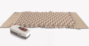 Anti-Bedsore Cellular/Bubble Mattress System with Soundless Pump pictures & photos