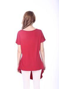 Women′s High Quality Irregular Hem Red Soutache T-Shirts pictures & photos