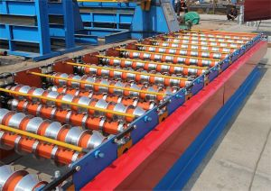 Three Layer Roofing Sheet Cold Roll Forming Machine pictures & photos