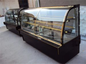 Cake Patisserie Showcase Sweet Display Freezer Cabinet pictures & photos