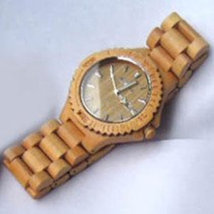 New Style Cheap Men′s Wrist Watches Factory OEM Wooden Wrist Watch pictures & photos
