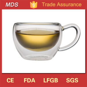 Handmade Borosilicate 6oz Double Wall Glass Tea Cup with Handle pictures & photos