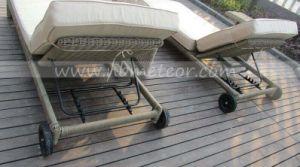 Mtc-401 High Quality Outdoor Furniture Garden Patio Rattan Chaise Beach Sun Lounger pictures & photos