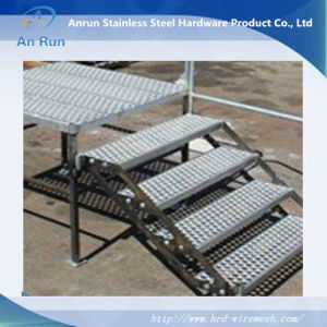 Anti-Skid Plate Perforated Anti-Skid Lath for Stair Floor pictures & photos