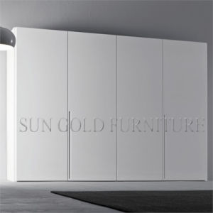 White Gloss Wooden Wardrobe with Four Door Modern Furniture (SZ-WD057) pictures & photos