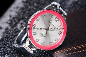 Hot Sale Women′s Bangle Watch Bracelet pictures & photos