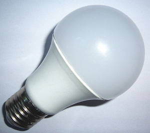 LED Bulb 10W pictures & photos