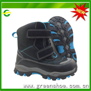 Good Quality New Design Children Winter Boots pictures & photos