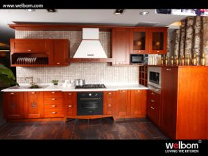 2015 Hot Design Classic Style Solid Wood Kitchen Cabinet (WB003) pictures & photos