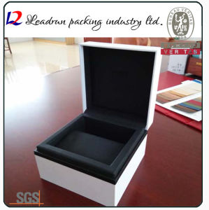 Wood Velvet Leather Paper Storage Case Packing Display Box for Watch Badge Medal Gold Jewelry Gift Souvenir Present Boutique Perfume Coin (YS93) pictures & photos