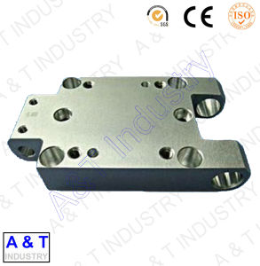 CNC Customized Carbon Steel Yellow Zinc Plated Machinery Parts pictures & photos