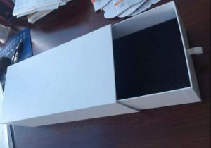 Plain Sliding Paper Drawer Box with Foam Insert pictures & photos