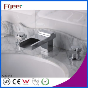 Fyeer 3004 Series Waterfall Basin Faucet Bathtub Shower Mixer pictures & photos