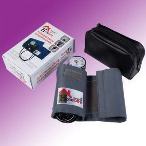 CE ISO Euro Type Aneroid Sphygmomanometer (MA1) pictures & photos