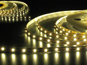 5050 SMD LED Strip/ LED Strip Light/ LED Bars pictures & photos