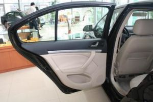 183-Auto Tempered Door Glass Skoda