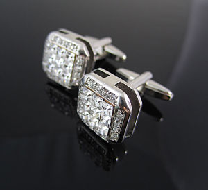 Fashion Luxury Jewelry Crystal Cufflinks pictures & photos