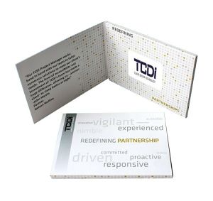 4.3′′ TFT LCD Advertising Video Greeting Booklet Cards Brochure (VC-043) pictures & photos