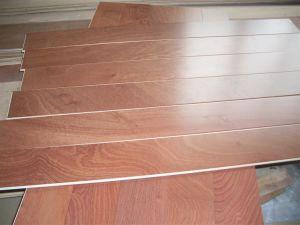Export Prefinished Flower Grain Sapele Engineered Wood Flooring Rlx125X12mm
