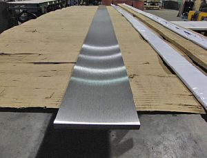 AISI ASTM DIN En etc 316L Stainless Steel Flat Bar pictures & photos