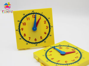2015 Hotsale Classroom Supplies / Plastic Clock pictures & photos