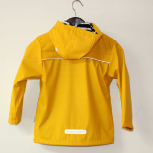 Yellow Hooded Reflective PU Rain Jacket/Raincoat pictures & photos