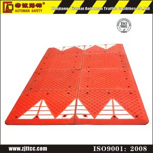Spain Standard Red & Black Industrial Rubber Car Speed Safety Breaker Cushions (CC-B68) pictures & photos