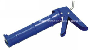High Quality Heavy Duty Gun Blue Caulking Gun (SG-006) pictures & photos