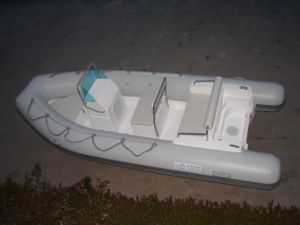 Fiberglass Inflatable Rib Boat with Console CE pictures & photos