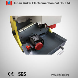 Car or House Key Cutting and Copying Machine Locksmith Used Duplicator Equipment for Sale pictures & photos
