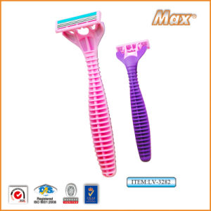 Plastic Platinum Coated Triple Stainless Steel Blade Disposable Razor (LV-3282) pictures & photos