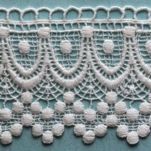 100% Cotton White African Swiss Guipure Chemical Lace pictures & photos